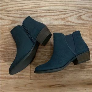 Women's Kensie Ankle Boots